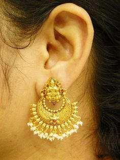 Earrings / Jhumkis / Chandbali - Gold Jewellery Earrings / Jhumkis / Chandbali at USD Gold Bridal Earrings, Gold Wedding Jewelry, Gold Jewelry Simple, Gold Ring Designs, Gold Bangles Design, Gold Jewellery Design, Jewelry Design Earrings, Gold Earrings Designs, Jewelry Patterns