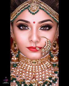 Richa Dave an ihrem Hochzeitstag Bildnachweise: The Wed Capture Indian Wedding Makeup, Bridal Eye Makeup, Indian Wedding Bride, Indian Makeup, Wedding Makeup Looks, India Wedding, Indian Bridal Photos, Indian Bridal Outfits, Indian Bridal Fashion