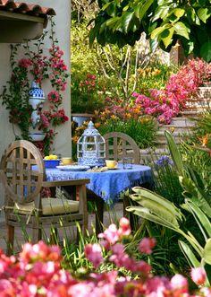 Montecito CA foothills garden  ~  AMAZING LOCAL designer! Grace Design Associates Hidden Valley