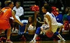 DWB Chloe Wells steps up against Okla. State. Go blue devils!! #MarchMadness