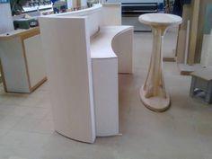 work in progress...bancone-console e tavolo espositivo