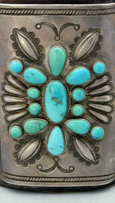 ' That's how turquoise was called by some Native American tribes. Wearing pieces of sky in a turquoise necklace is a provocative and attractive idea. Stone Jewelry, Silver Jewelry, Vintage Jewelry, Silver Ring, Silver Earrings, Vintage Turquoise Jewelry, Boho Jewelry, Antique Jewelry, Navajo Jewelry