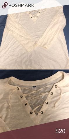 Old navy top Never worn Old Navy Tops Blouses Navy Tops, Old Navy, Khaki Pants, Product Description, Blouses, Crop Tops, Best Deals, Things To Sell, Style