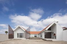 Completed in 2017 in Aveiro, Portugal. Images by ITS – Ivo Tavares Studio. Located in Praia da Vagueira, in the municipality of Vagos, we were requested by the client to carry out the rehabilitation of the existing housing,...