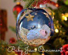 One Artsy Mama - http://www.oneartsymama.com/2014/12/baby-jesus-ornament.html