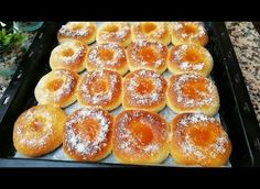 My Favorite Recipe for Baked Donuts ! Donut Recipes, Sweets Recipes, Egg Recipes, My Favorite Food, Favorite Recipes, Donut Bar, Baked Doughnuts, Cordon Bleu, Oven Baked