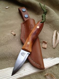 Pixie Blade: 2.30″ Handle: 4″ Price: from £190 The Pixie is made with either 2mm or 3mm steel stock and has a leather sheath. One of the smallest full tang knives that we make, original…