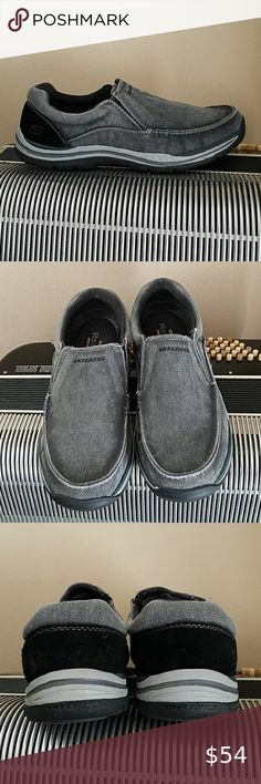 NEW Skechers WOMENS YOU Knit Slip on Athletic Walking Shoes, Grey SIZE 10 NWOB
