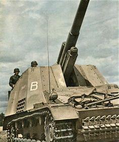 ✠ Hummel Sd.Kfz 165 ✠