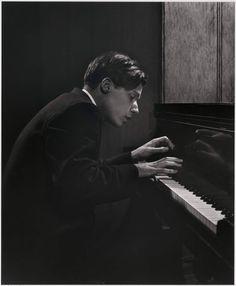 alongtimealone: Yousuf Karsh ( Glenn Gould )1957