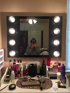 1000 images about makeup vanity ideas on pinterest makeup vanities makeup organization and - Do it yourself light fixtures ...