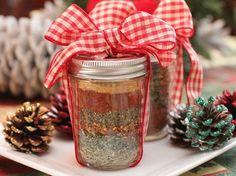 20 Amazing DIY Food Gift Ideas, spice rub, coffee syrup, hot chocolate mix....