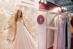 Messeauftritt Corporate Design, Image Foto, Magazin Design, Lace Wedding, Wedding Dresses, Design Studio, Grafik Design, Fashion, Pictures