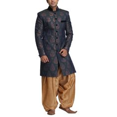 Indo-Western outfit for men Blue Sherwani, Groom Wear, Western Outfits, Westerns, Men's Fashion, How To Wear, Stuff To Buy, Moda Masculina, Western Costumes