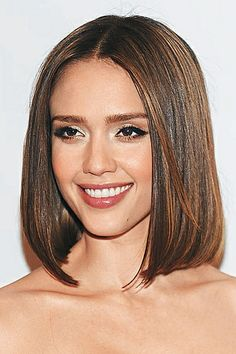 Step by step guide on how to cut a one length long haircut ...