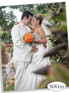 NOVIAS Y NOVIOS Cecilia Rojas y Kevin Saucedo