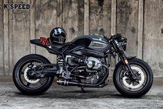 BMW R nine T by K-Speed - Un magnifique Café Racer Germano-Thaïlandais Bmw Scrambler, Motos Bmw, Scrambler Custom, Bmw Motorcycles, Custom Motorcycles, Custom Bikes, Street Scrambler, Cafe Bike, Cafe Racer Bikes