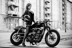 Ein Blog über Motorräder mit V-Twin Motoren, insbesondere über Buell, EBR, Ducati und Custombikes. Dazu eine Prise Motorrad-Lifestyle.