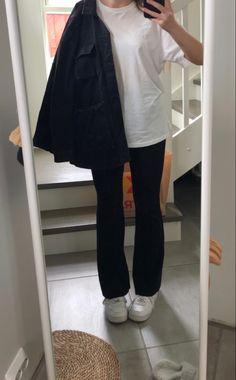 Black Jeans, Selfie, Pants, Fashion, Trouser Pants, Moda, Fashion Styles, Black Denim Jeans, Women's Pants