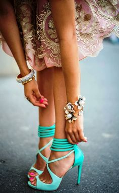 Stunning lace dress, floral bracelet and mint heels | Women Fashion Galaxy