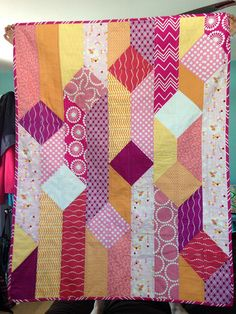 Baby Girl Quilts, Girls Quilts, Modern Baby Quilts, Scrappy Quilts, Easy Quilts, Pink Quilts, Quilting Projects, Quilting Designs, Baby Quilt Patterns