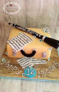 Clarinet cake x