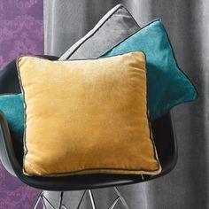 Coussin déhoussable uni velours polyester passepoils contrastés GARANCE Home Maison