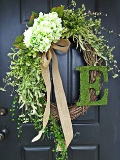 The Long Oval Louisa Wreath : Intricate by AnnabelleEveDesigns