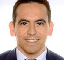 Nacido en Armenia – Quindío (Colombia) en 1977 y licenciado en Economía por la Facultad de Ciencias Económicas y Empresariales de la Universidad Autónoma de Madrid (1998-2003), pertenece al I…