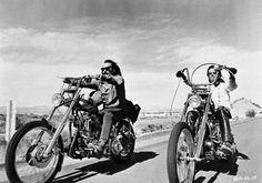 Harley Davidson Road Trip, Dennis Hopper and Peter Fonda star in Easy Rider Poster Vintage Motorcycles, Harley Davidson Motorcycles, Custom Motorcycles, Custom Bikes, Harley Bikes, Sportster Motorcycle, Harley Panhead, Custom Cycles, Easy Rider