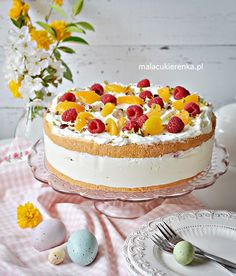 Pyszny Tort Jogurtowy z Malinami i Morelami - Przepis - Mała Cukierenka Food Cakes, Vanilla Cake, Tiramisu, Camembert Cheese, Tart, Cake Recipes, Cheesecake, Birthday Cake, Favorite Recipes