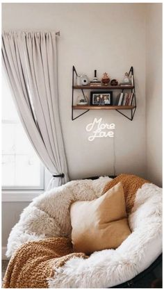 20 Creative Ways Dream Rooms for Teens Bedrooms Small Spaces Small Bedroom Ideas Bedrooms Creative Dream Rooms Small Spaces Teens teensbedroom Ways Cute Room Decor, Cheap Room Decor, Decoration Bedroom, Aesthetic Room Decor, Sun Aesthetic, Aesthetic Plants, Aesthetic Fashion, Bedroom Plants, Dream Rooms