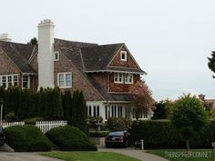 Beautiful shingled house in the Magnolia neighborhood of Seattle, Washington! (more beautiful houses in the blog post!)