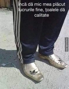 Romania, Loafers Men, Twilight, Funny Things, Bb, Humor, Comics, Nice, Memes