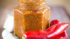 Ajvar z pečených paprik a lilků - Proženy Olive Garden, Food Storage, Preserves, Pickles, Smoothie, Honey, Canning, Vegans, Layout