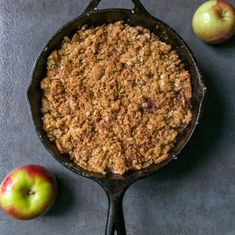 Cast Iron apple crisp is an easy fall dessert with an oatmeal topping in a cast iron skillet. The apples get caramelized in the pan before you bake it. Cast Iron Skillet Cooking, Skillet Meals, Skillet Recipes, Apple Crisp Easy, Apple Crisp Recipes, Oatmeal Toppings, Cast Iron Recipes, Fall Desserts, Apple Desserts