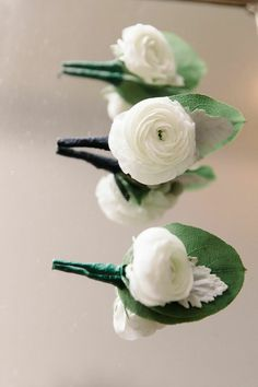 Modern New Haven Wedding from Michelle Lange Photography - boutonniere