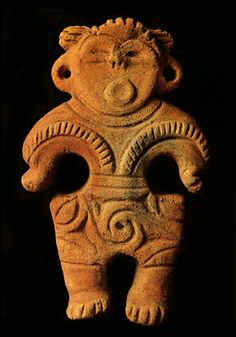 Dogu figure, Jomon period, Ibaragi Japan. BC.2,500-BC.1,200 ●彡