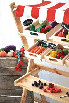 Drewniany warzywniak dla dzieci - rozkładany (proj. Cotton Art Wood), do kupienia w DecoBazaar.com