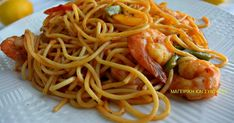 Ελληνικές συνταγές για νόστιμο, υγιεινό και οικονομικό φαγητό. Δοκιμάστε τες όλες Cookbook Recipes, Cooking Recipes, Healthy Recipes, Greek Recipes, Fish Recipes, Pasta Noodles, Food Decoration, Chicken Broccoli, Fish And Seafood