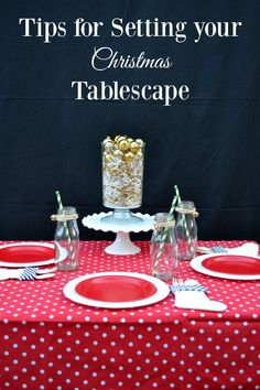 Create a stunning Christmas tablescape that is easy to undertake and looks fantastic. Use these ideas to create instant styling and use as easy Christmas decoration.
