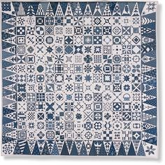 Signed up for the Blue Dear Jane BOM at StitchinHeaven.com.  If they run it again, it should start in Oct. 2012.  Love this quilt in blues!  I've had the book for about 10 yrs now, might actually get around to making the quilt!