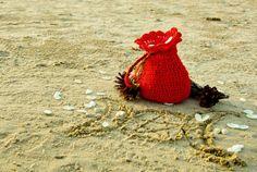 Handmade crocheted red Tarot cards or runes bag by CrochetedMoon