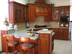 cherry kitchen cabinets photos on http://kitchenremodelershap.com