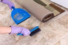 L'embauche d'une aide ménagère vous aide à maintenir un haut niveau de propreté dans votre maison quand vous ne pouvez pas vous en occuper. Une femme de ménage expérimentée peut faire n'importe quel ménage de manière organisée. Natural Floor Cleaners, Homemade Floor Cleaners, Diy Floor Cleaner, Flooring Sale, Diy Flooring, Bathroom Flooring, Toilet Cleaning, Bathroom Cleaning, Polished Concrete Floor Cost
