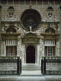RENAISSANCE ARCHITECTURE 15TH CENTURY   Amadeo,Giovanni Antonio  Capella Colleoni (1470-1476) - Sculpted facade (Sculptures also by Giovanni Antonio Amadeo)   Cappella Colleoni, Bergamo, Italy