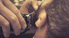 Primi gesti per disegnare una barba perfetta.  @wahlpro #WahlFinale #gentleman #barber #barberlife #barberlove #barberworld #wahl #followme #nastybarbers #baffi #rasatura #moustache #barber #barbiere #style #uomo #manstyle #manstuff #gentlemen #mensgrooming #skincare #lifestyle #barbering #barbershop #beardgang #shave #Padova  Grazie a @ilbarbieremodhair
