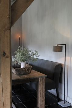 Ideas For Affordable Home Decor Zen Living Rooms, Living Room Decor, Rustic Room, Rustic Decor, Apartment Interior Design, Interior Styling, Wabi Sabi, Affordable Home Decor, Home And Deco