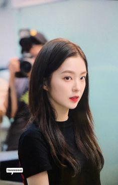 Seulgi, Kpop Girl Groups, Kpop Girls, Bae, Red Velvet Irene, Korean Beauty, Ulzzang Girl, Face Shapes, Asian Girl