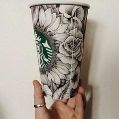 Finalists Chosen for Starbucks Partner Cup Design Contest - Starbucks Stories Arte Starbucks, Starbucks Cup Drawing, Starbucks Cup Design, Starbucks Mugs, Cafe Shop Design, Personalized Starbucks Cup, Coffee Cup Art, Painted Cups, Art Education